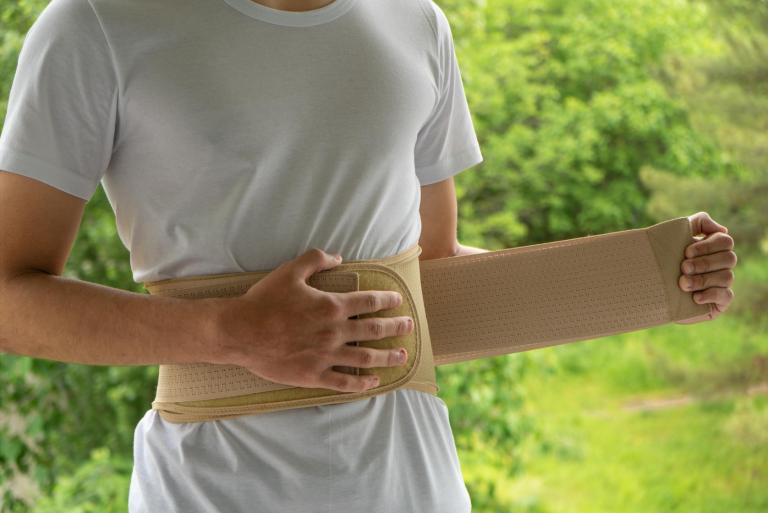 bustino busto ortopedico colpo della strega lombosciatalgia acuta schiena forte nadia forte mal di schiena